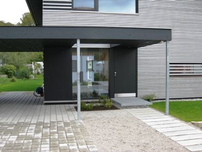 vordach hauseingang vorgarten pinterest car ports carport designs and pergolas. Black Bedroom Furniture Sets. Home Design Ideas