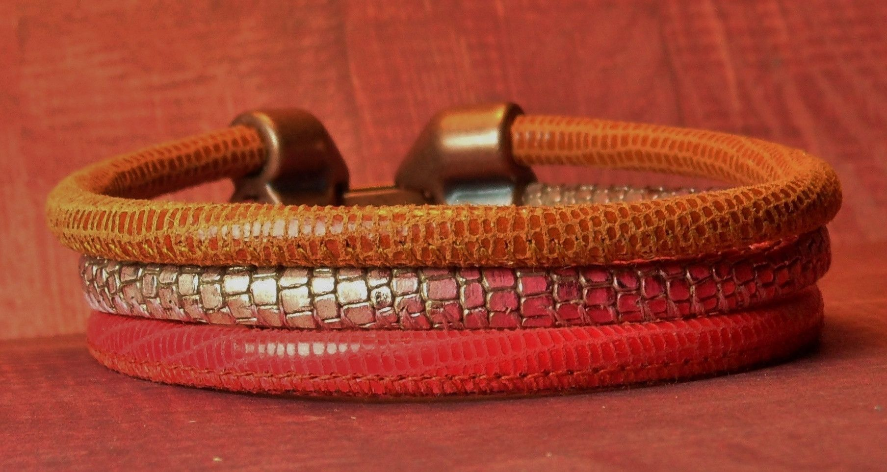 Ruby Red Mango Cognac Lizard And Reptile Print A Antique Copper Colored Clasp