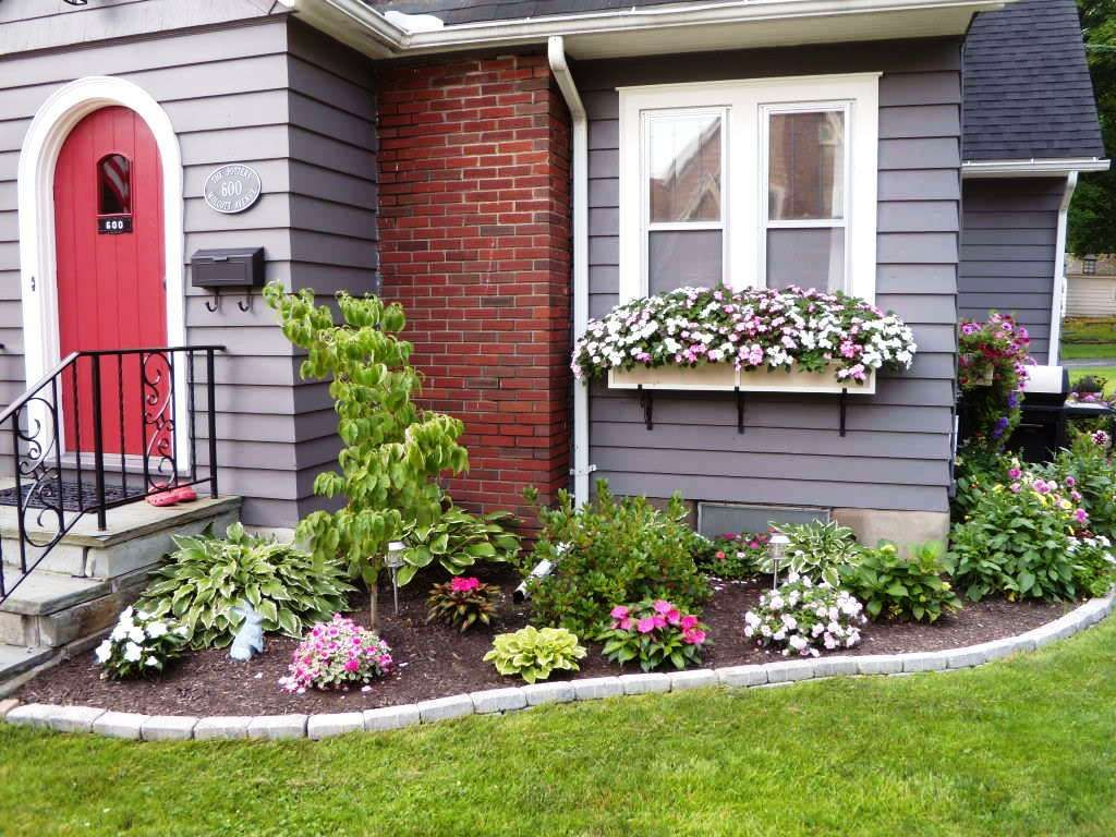 10 Ideas For Gardens In Front Of House Incredible And Also Attractive Farmhouse Landscaping Garden Front Of House House Landscape