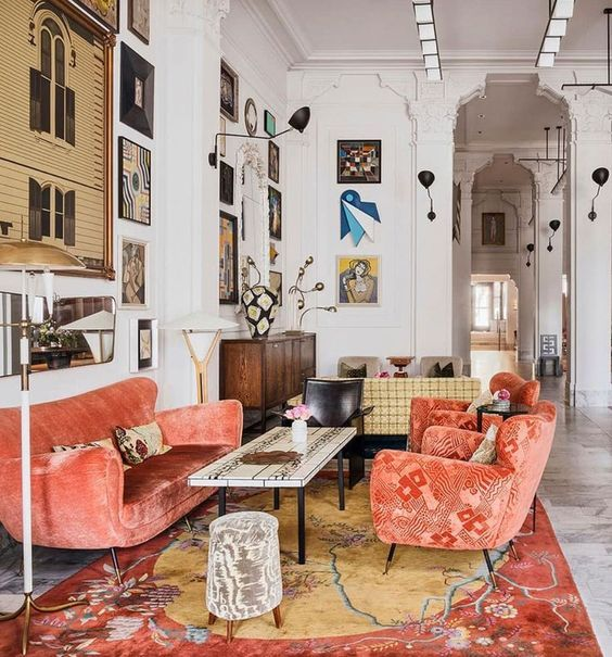 Get 8 Eclectic Decor Tips For Your Home today. Wether you call it boho, bohemian, vintage, eclectic can be a fusions of all things wunderlust, get 10 top tips for your bedroom or living room today. #eclecticdecor #eclecticinteriordesign #eclecticdesignideas #eclecticdesigntips