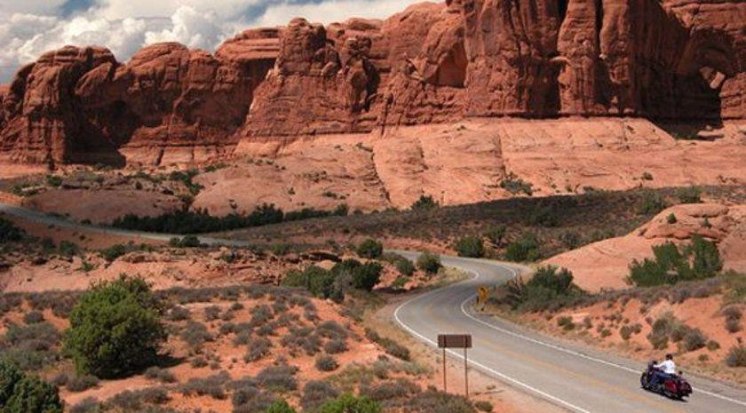 Dünyanın en güzel yollarıRed Rock yolu - ABD