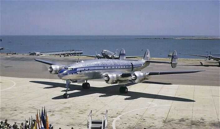 Lockheed Constellation, beautiful!