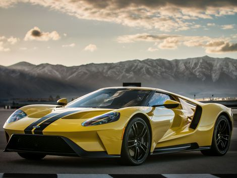 2017 Ford Gt Is The All American Supercar You Ve Been Waiting For Ford Gt Super Cars Automobile