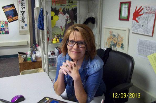 Meet journalism, graphic design, and yearbook teacher Christi Britt!