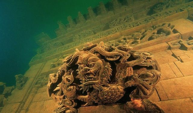 Rediscover The Chinese Atlantis The Lion City Of Shicheng Underwater Cools And Fools Underwater City Sunken City Underwater Ruins