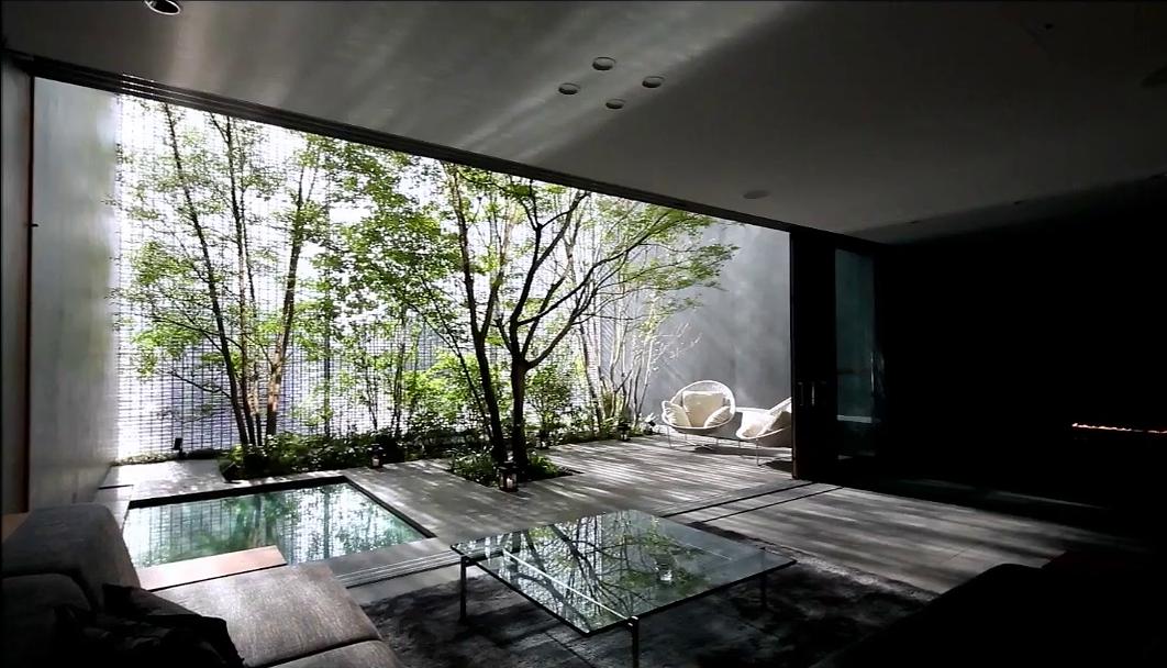 hiroshi nakamura architect / optical glass house interior courtyard ...