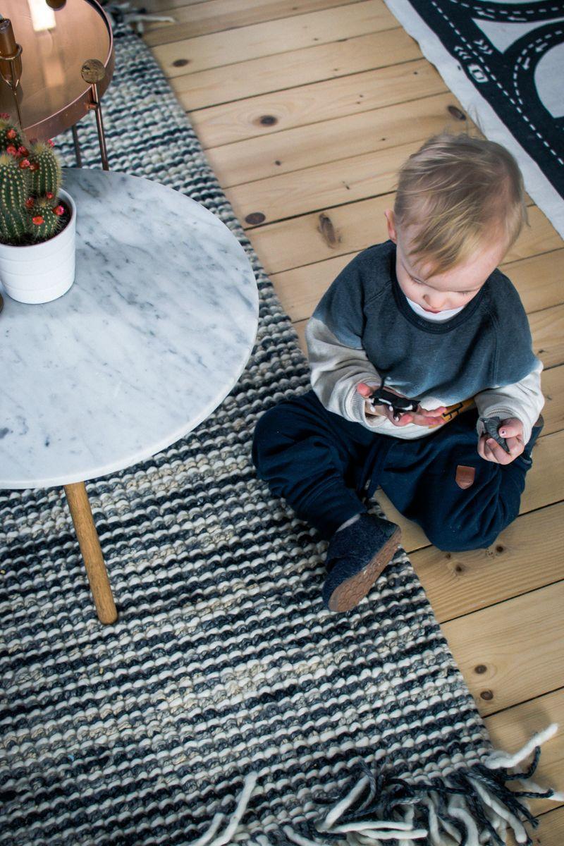 Wohnzimmer Ikea SÖDERHAMN Goslar Livingroom Benuta Teppich Blau Blue Leinen  Ananas Lampe Pineapple Lamp Zara Home
