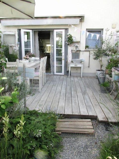 27 sch n terrassen deko ideen deko holzterasse garten. Black Bedroom Furniture Sets. Home Design Ideas
