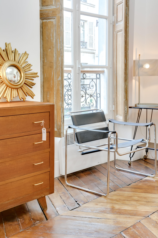 Brocante En Ligne Selency selency : bauhaus armchair / sun and gold mirror / vintage