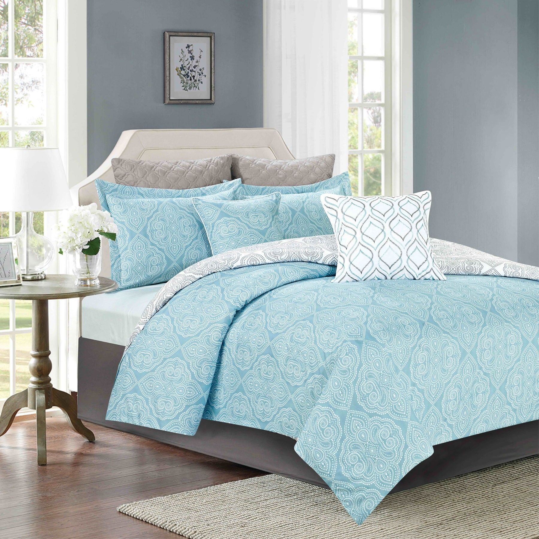 Crest Home Acacia Bedding Comforter 7 Piece Queen Size Bed