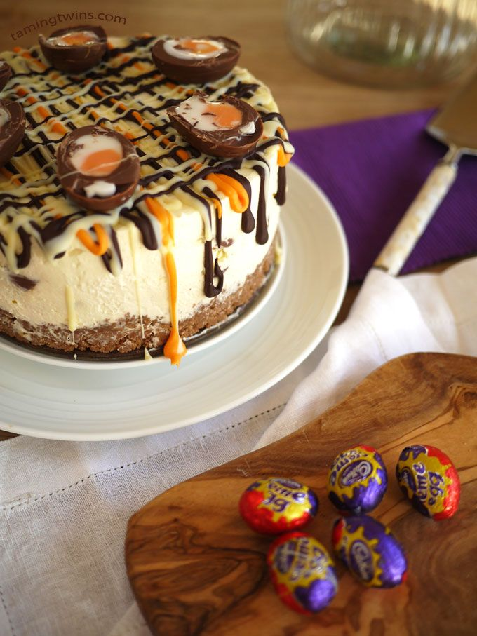 Taming Twins | A lifestyle blog about cake and twins | Creme Egg Cheesecake | http://www.tamingtwins.com