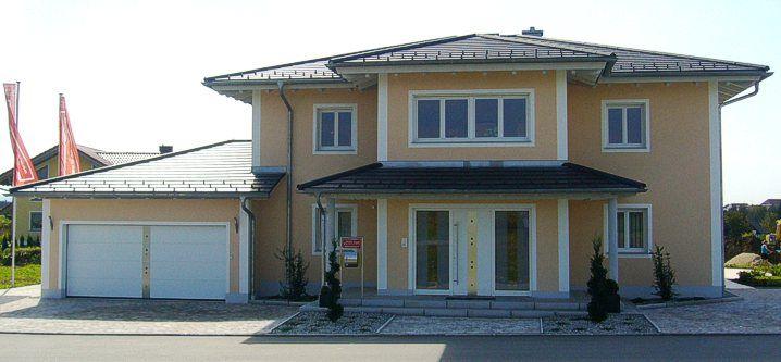 Musterhaus stadtvilla mit garage  Musterhaus in 94136 #Thyrnau | Musterhäuser | Pinterest