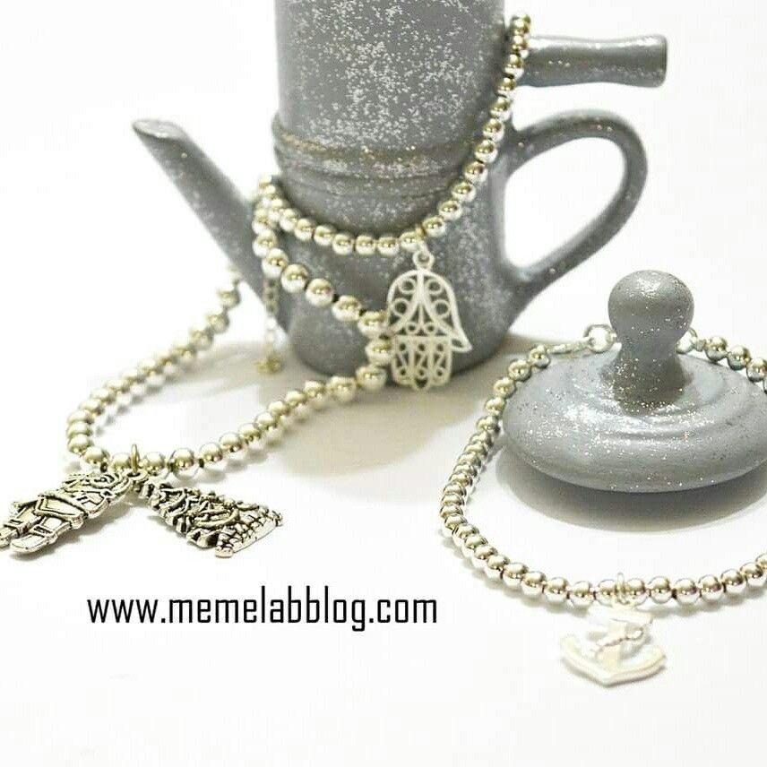 Dettagli retrò di Napoli in Ceramica fatta a mano Con la nuova collezione Bracciali www.memelabblog.com