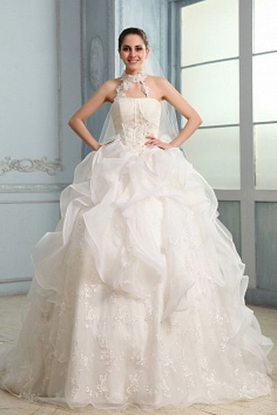Ball Gown Strapless Organza Wedding Dress ted0701 - SILHOUETTE: Ball Gown; FABRIC: Organza; EMBELLISHMENTS: Beading , Crystal , Lace , Tiered; LENGTH: Sweep/Brush Train - Price: 155.4000 - Link: http://www.theeveningdresses.com/ball-gown-strapless-organza-wedding-dress-ted0701.html