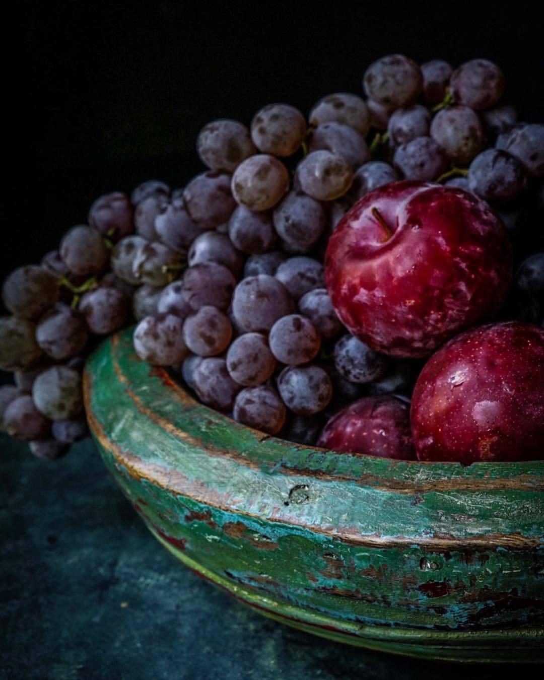 Farmhouse On The Hill | Fruit, Green bowl, Purple grapes