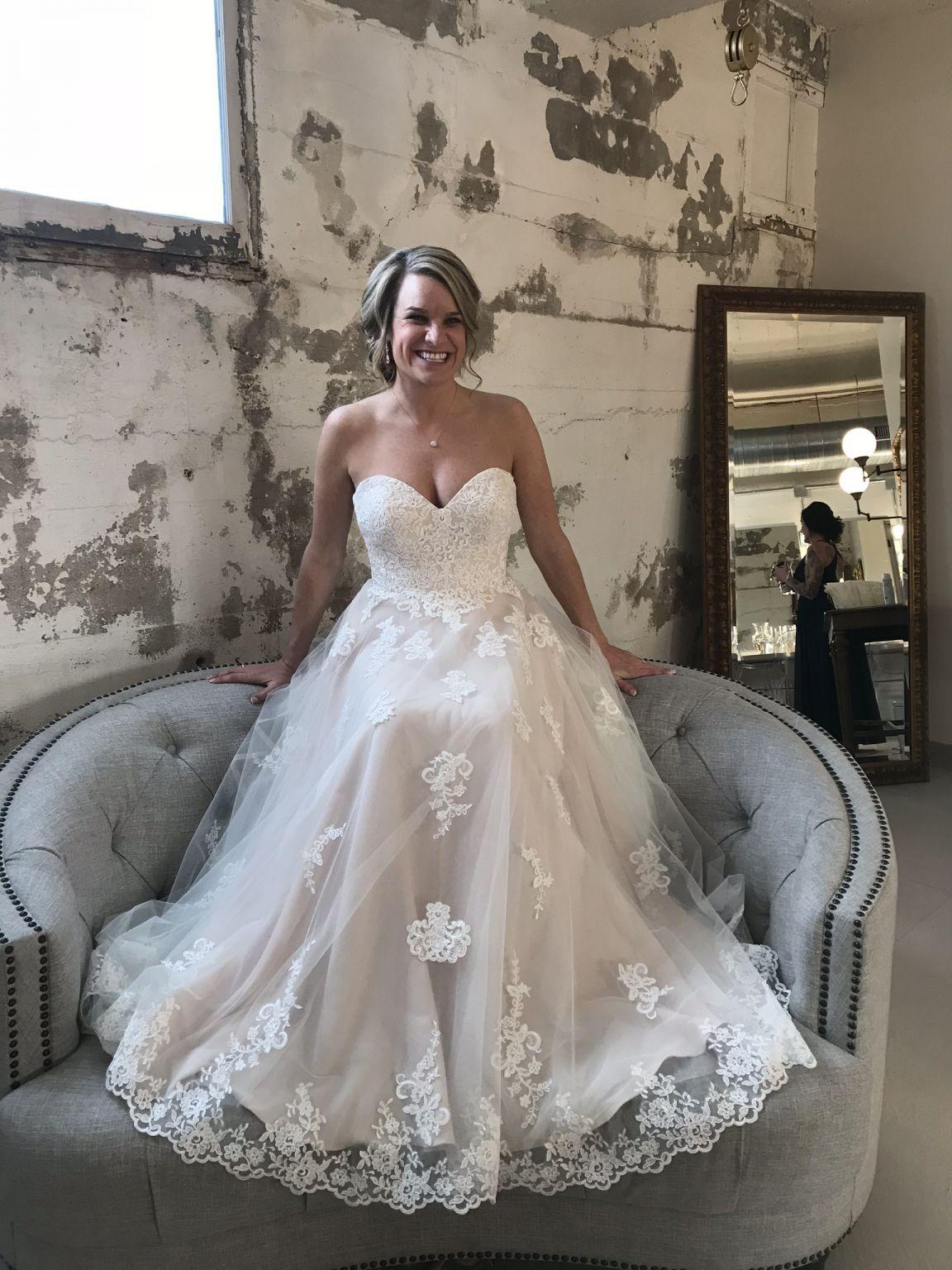 Stella York 6466 Wedding Dress Used Size 10 525 In 2020
