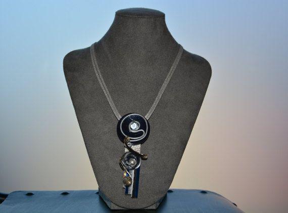 Collier cordon cuir anthracite / bleu nuit par colorine24 sur Etsy