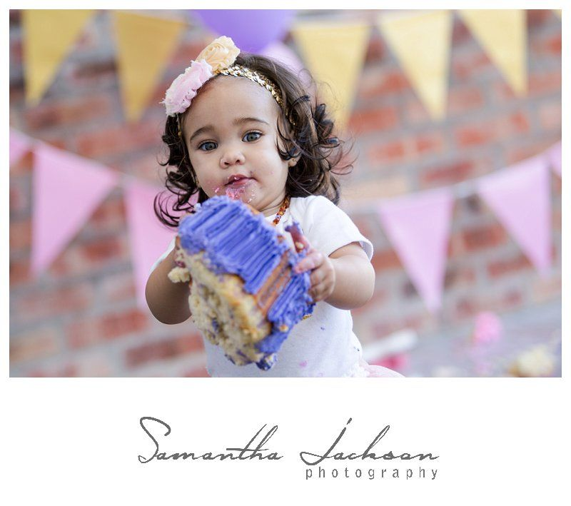 Cake smash session in Studio #thesquarecube #cakesmash #1stbday #samanthajacksonphotography