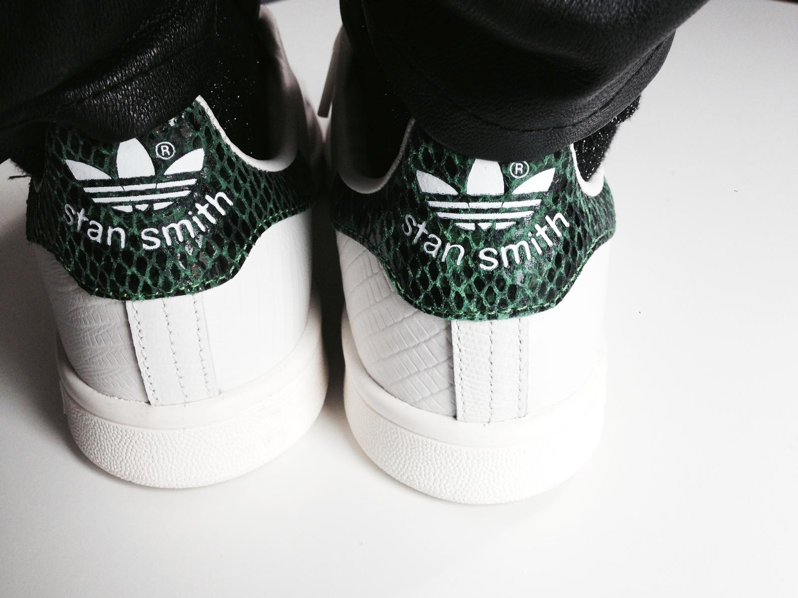 low priced 2de99 75fa7 Chaussures Adidas Stan Smith Cuir Python Pour Femme Blanc Vert