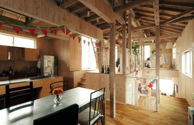 柱も天井もむき出し 画期的なリノベーション戸建ての暮らし