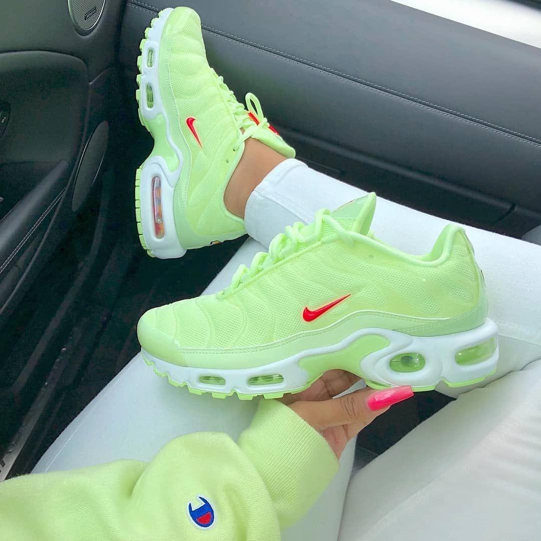 Neu Wie gefällt euch die Farbe? Link z in 2020 | Nike schuhe ...