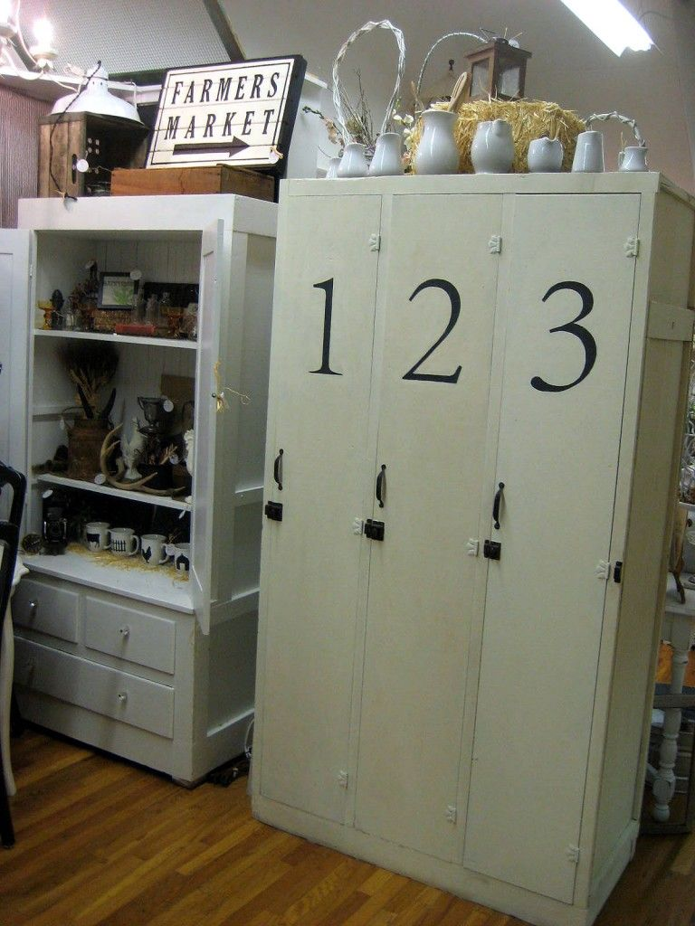 i love these old lockers little farm style Pinterest