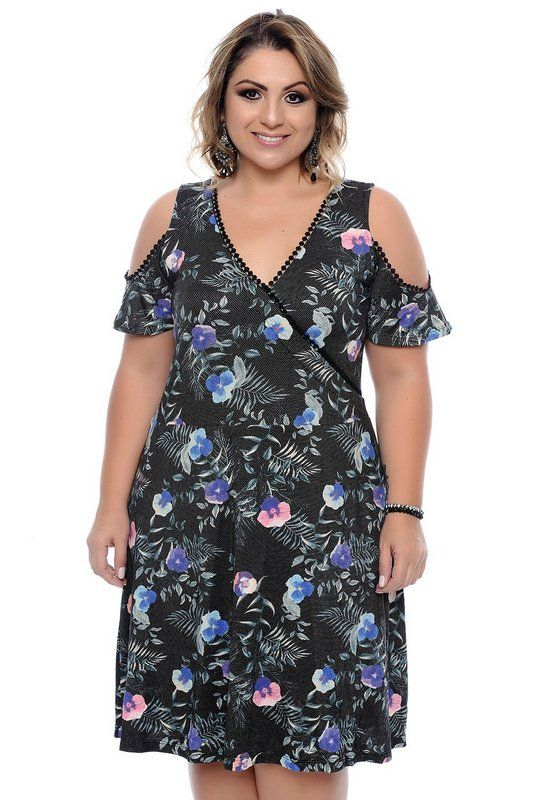 e9132f4761 DESCRIÇÃO Vestido Plus Size Ronélia. Vestido midi composto por viscolycra