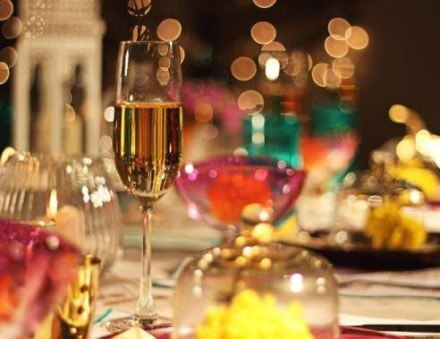 6 Beautiful Tips For Your Diwali Dining Table Design Your Dream House Dining Table Decor Diwali Celebration