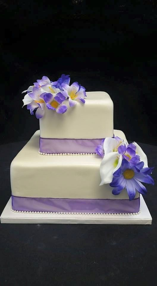 two tiered square wedding cake ideas cookie jar bakeshop i custom cakes i two tier wedding cake 21337
