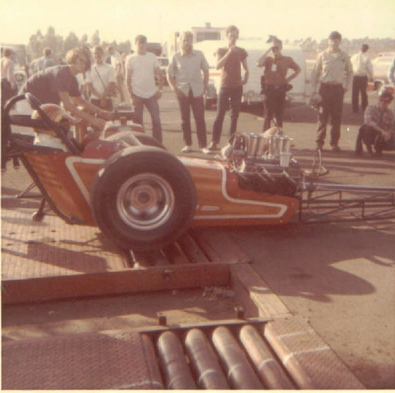Dragster on the warm up rollers at OCIR. They had these at Beach ...