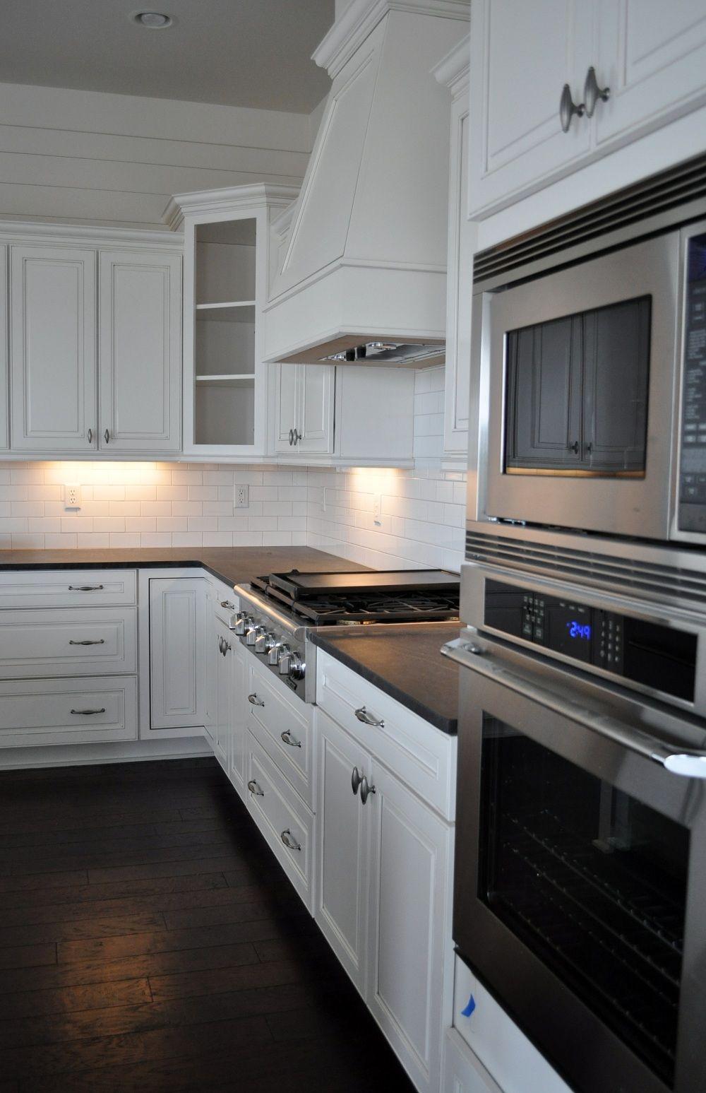 @Wellborn Cabinet Inc. In An All American Cottage | Coast Design Kitchen U0026