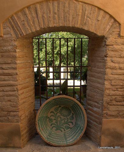 Carmen Del Aljibe Del Rey High Walls Granada House