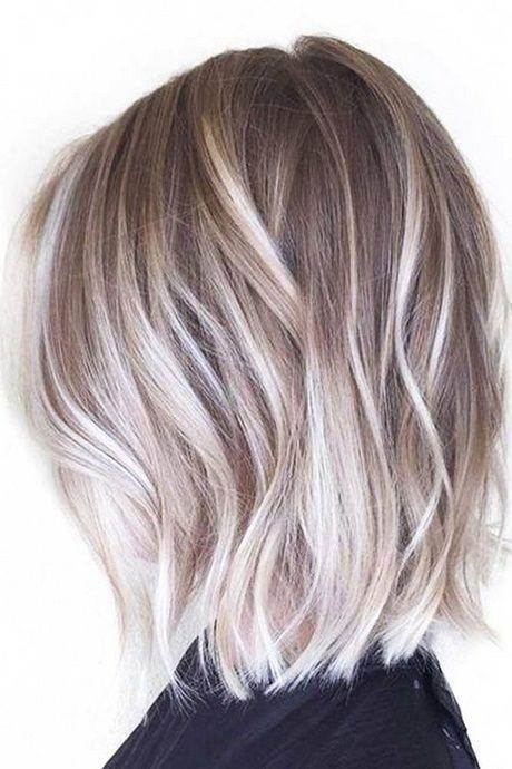 Stilvolle Frisuren Fur Mittellanges Haar Frisuren Mittellanges Stilvolle Kurzes Haar Balayage Kurze Haarfarbe Haarfarben