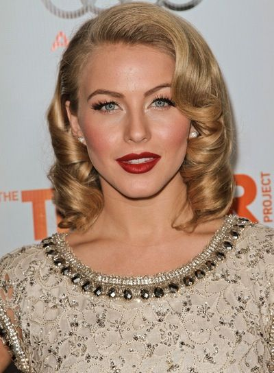 romantic hairstyles | ... Hough Medium, Curly, Sexy, Blonde, Romantic Hairstyle - Beauty Riot