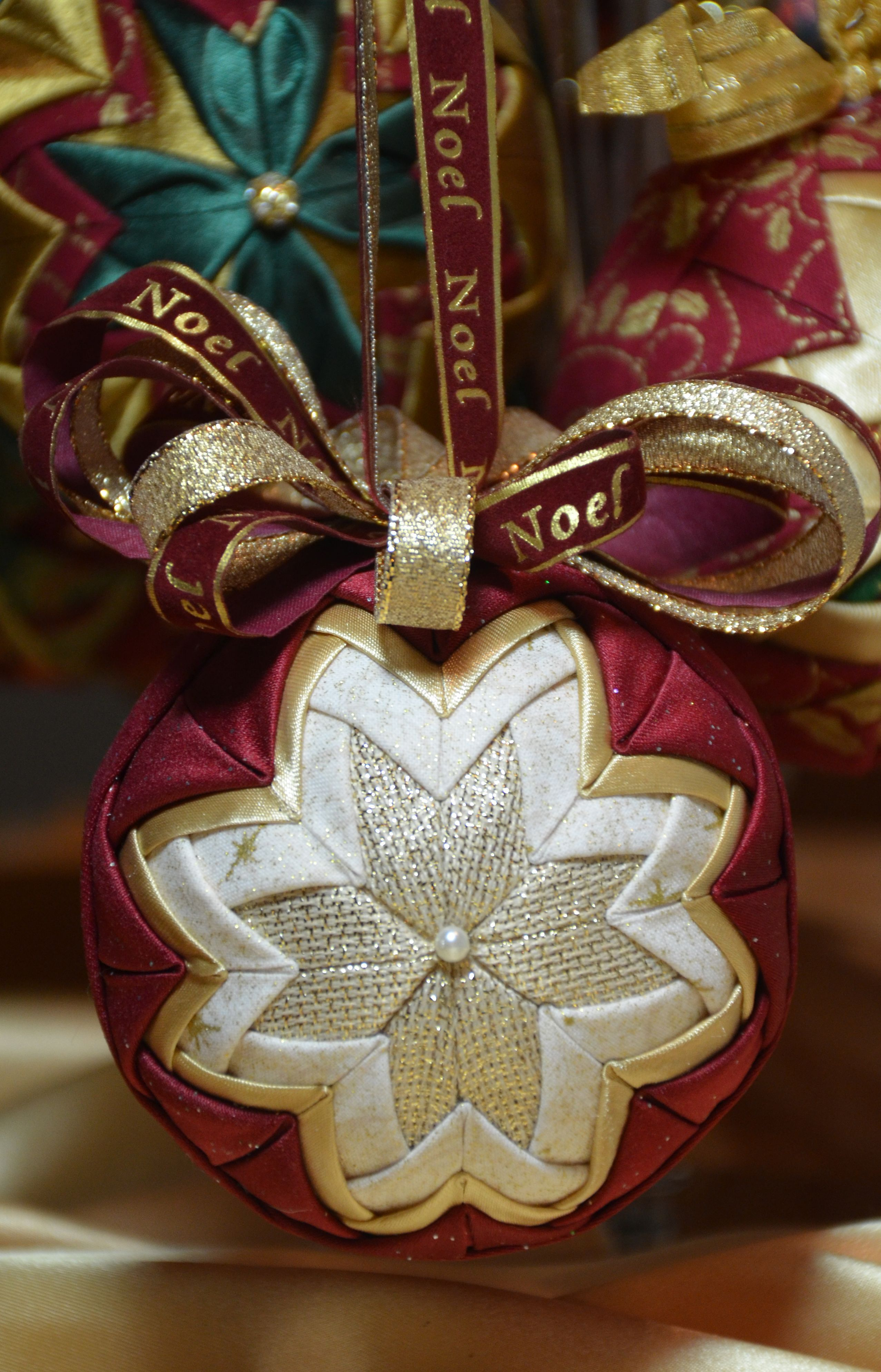 No sew quilted ornament | My Quilted Ornaments | Pinterest ...