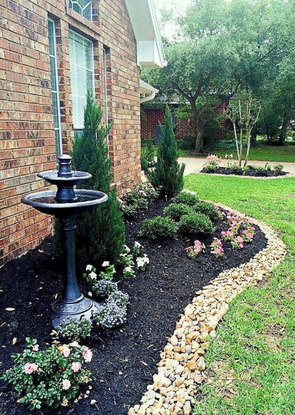 Beautiful and Cheap Simple Front Yard Landscaping Ideas 14 ...