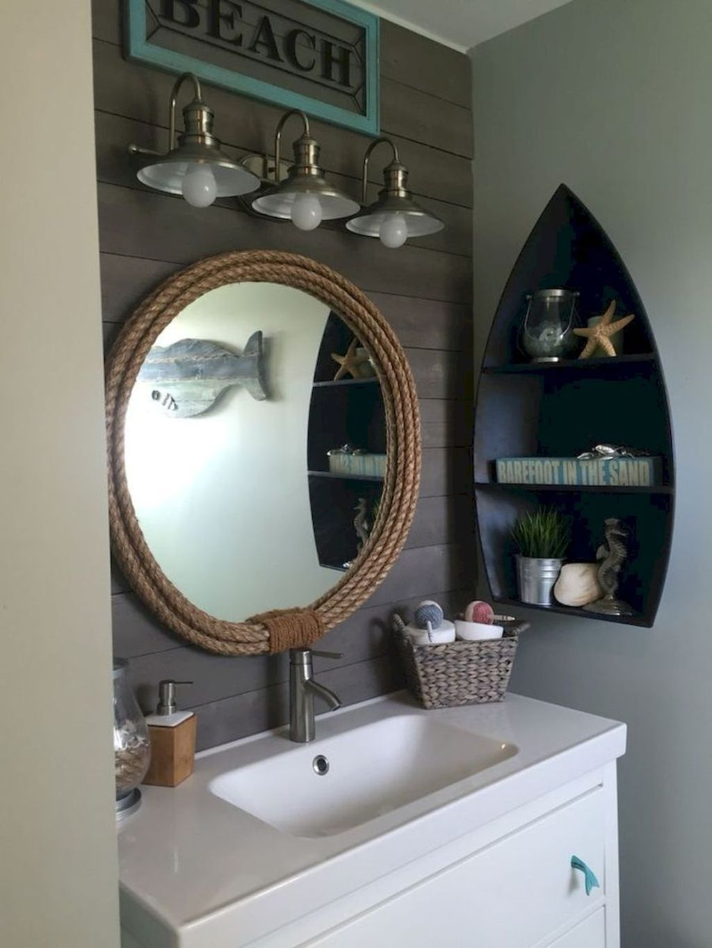 Bathroom Decoration With Coastal Style