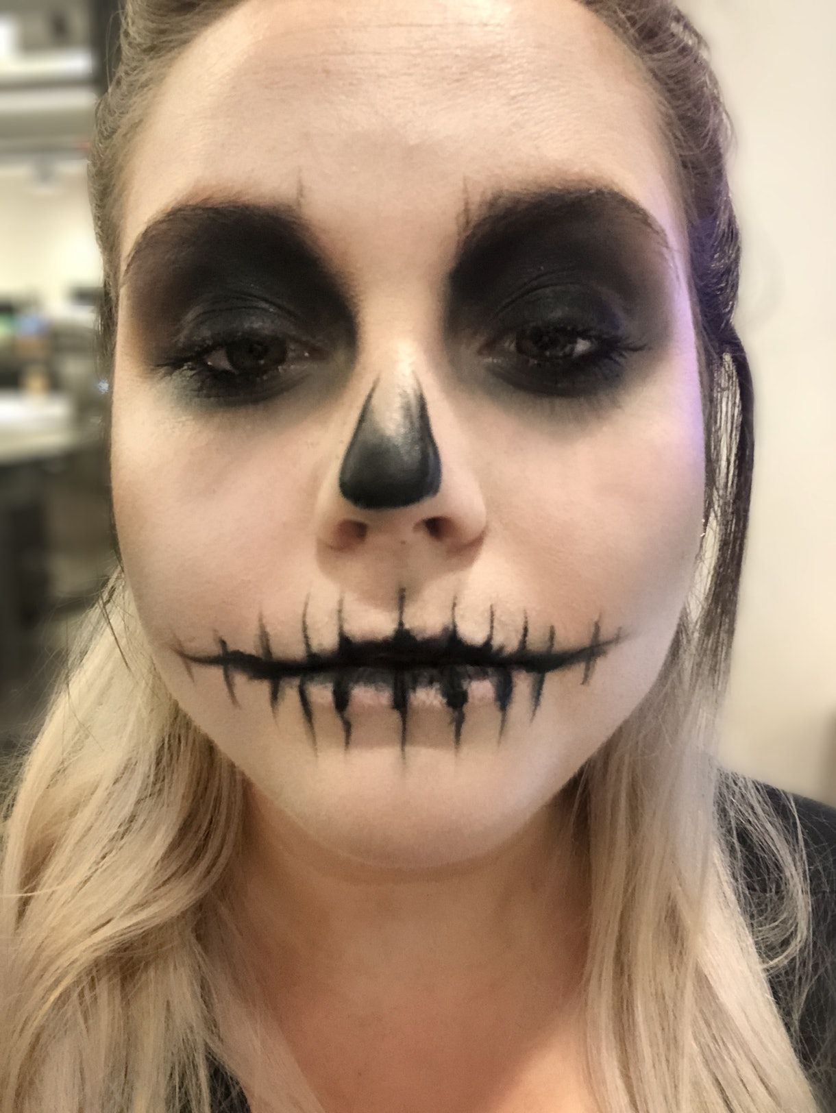 This Skeleton Makeup Tutorial Is Seriously So Simple A Numskull Could Do It Guys Halloween Makeup Halloween Makeup Easy Skull Makeup Tutorial