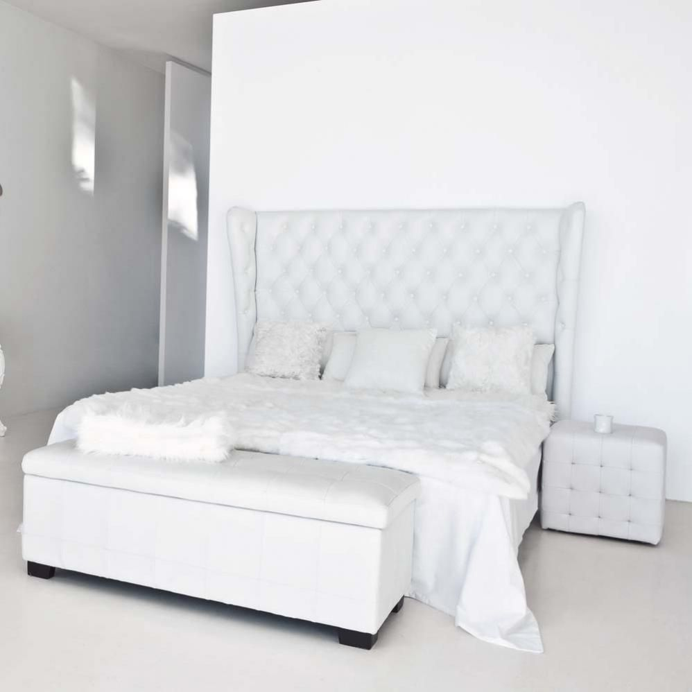 lit blanc capitonn fashion designs. Black Bedroom Furniture Sets. Home Design Ideas