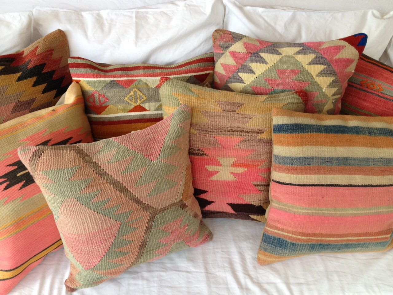 Best 10 Kilim Cushions Ideas On Pinterest Kilims Boho