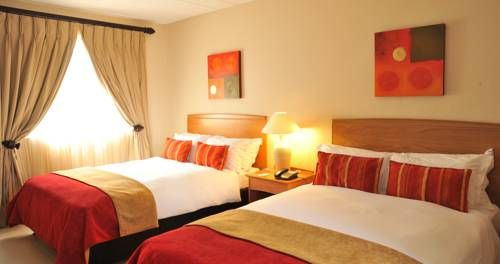 Protea Hotel by Marriott Polokwane Landmark Polokwane Protea Hotel Landmark offers accommodation in Polokwane. The hotel has an outdoor pool and terrace, and guests can enjoy a meal at the restaurant.  Every room has a flat screen TV. Enjoy a cup of tea while looking out at the mountains or pool.