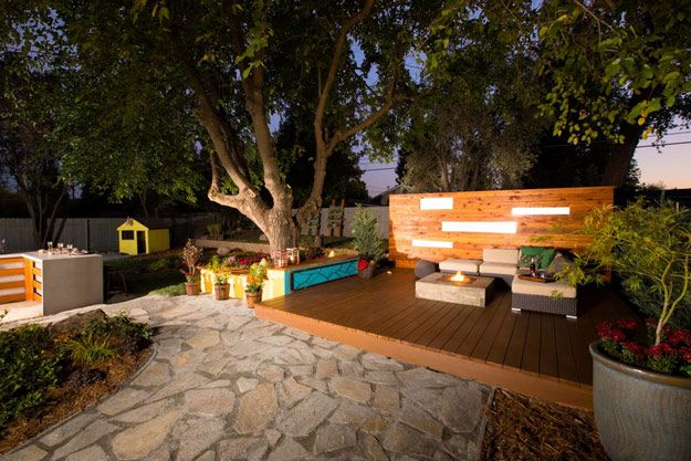 Check out 14 DIY Ideas For Your Backyard | Outdoor Lounge by DIY Ready at http://diyready.com/14-diy-ideas-for-your-backyard-as-seen-on-yard-crashers/