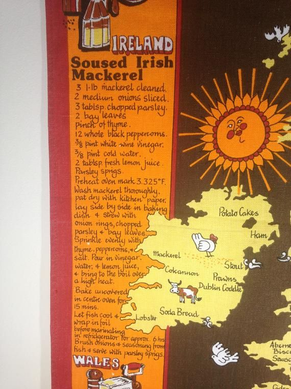 Vintage  1970's Tea Towel ,Traditional Recipes ,British Isles Map, Retro Textiles , Wall hanging,  S #britishisles