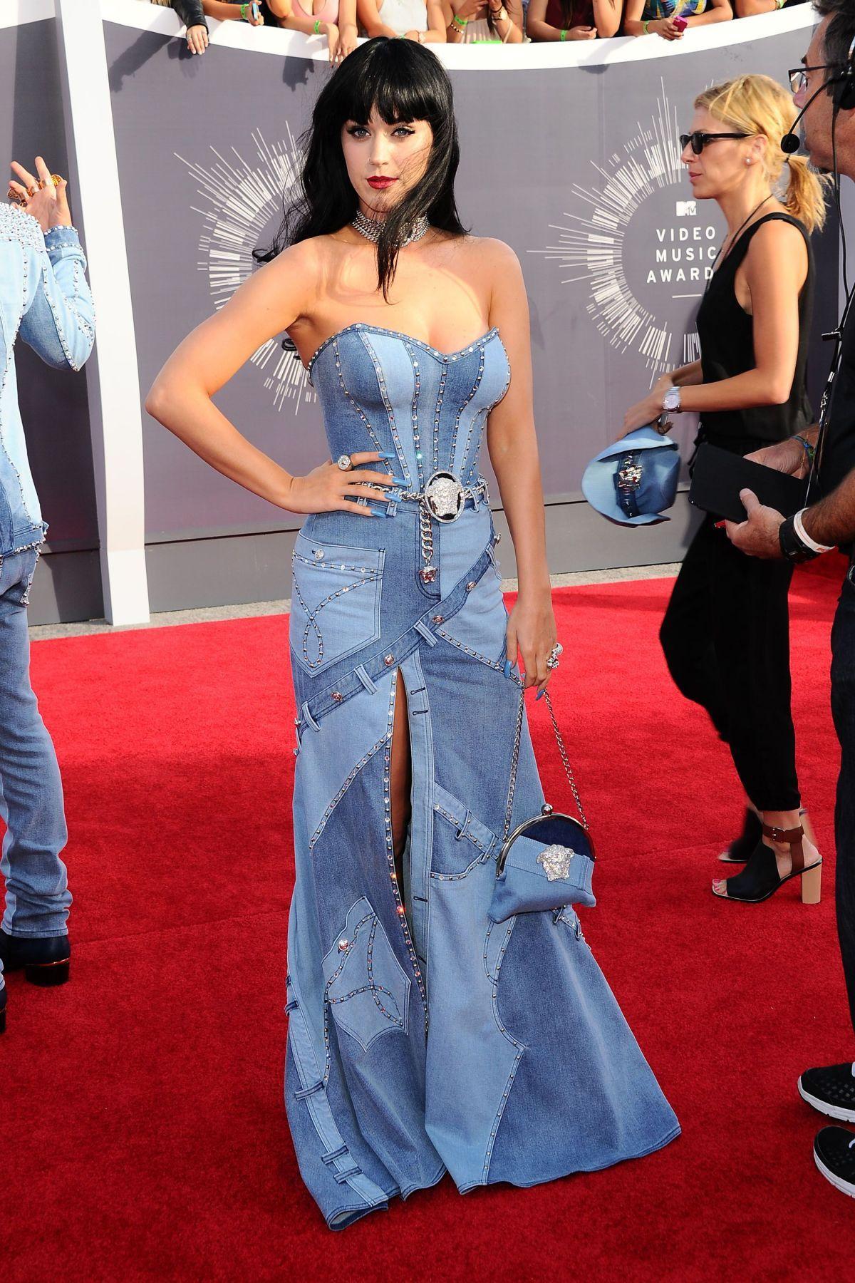 Katy Perry in custom Atelier Versace – 2014 MTV Video Music Awards #VMA