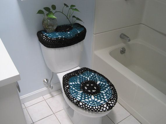 Set Of 2 Crochet Covers For Toilet Seat Toilet Tank Lid Black Real Teal Con Imagenes Banos Tejidos