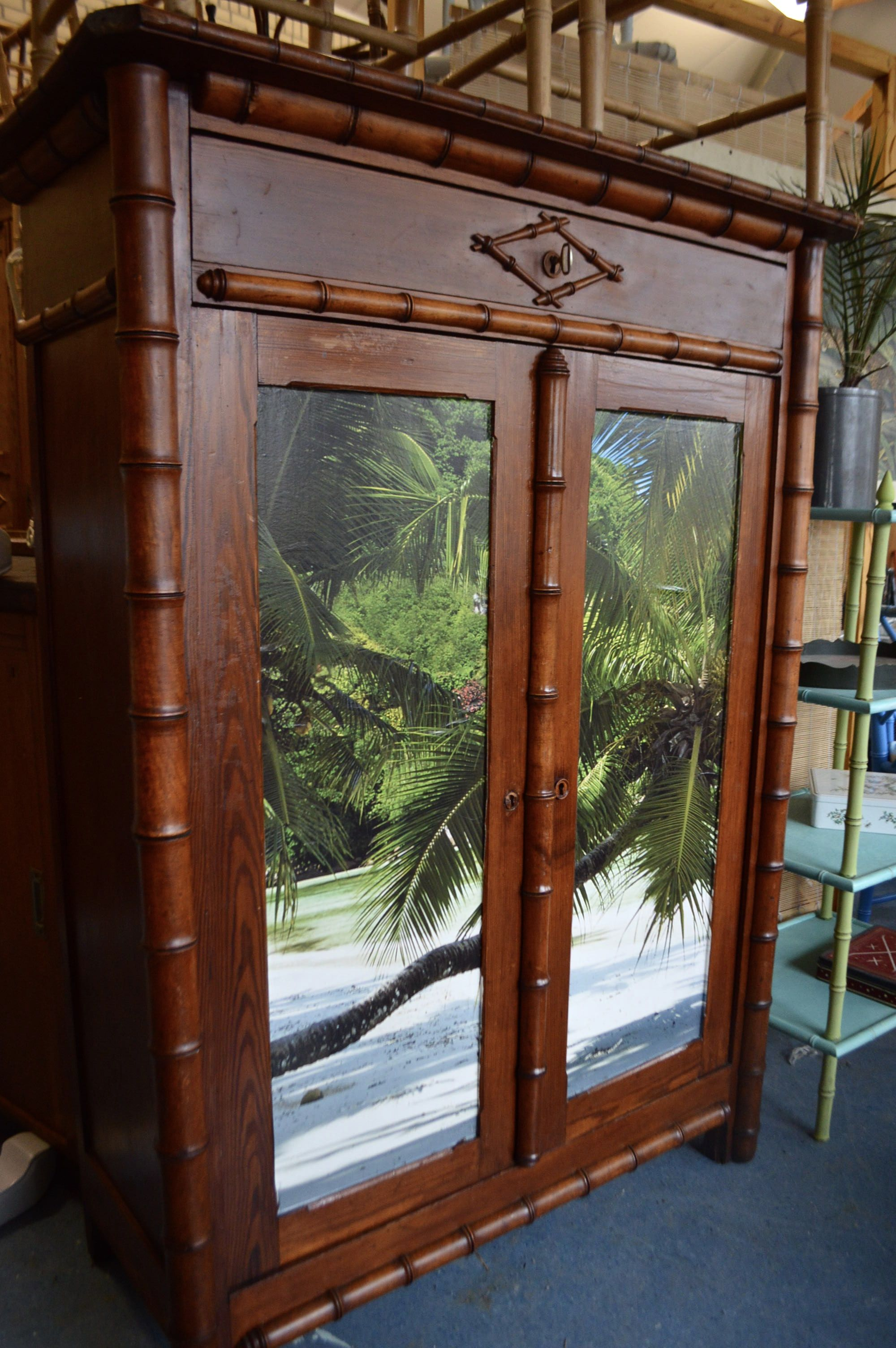 Faux Bamboo Middelgrote Kast Cabinet Palm Beach Te Koop