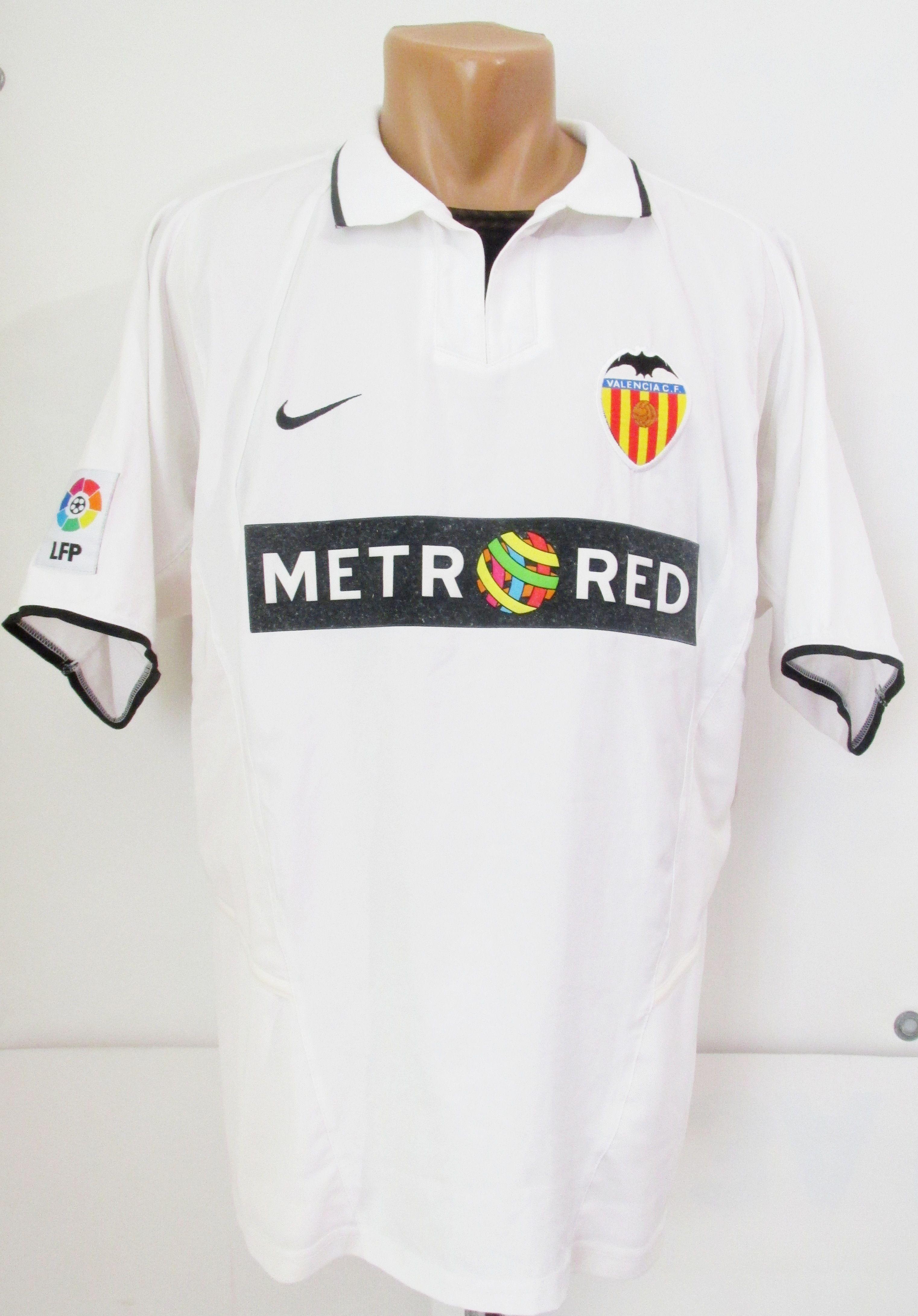 618b75e14 Valencia CF 2002 2003 home football shirt by Nike VCF Spain LaLiga vintage  soccer camiseta jersey  Valencia  ValenciaCF  VCF  Spain  LaLiga  Nike   camiseta ...