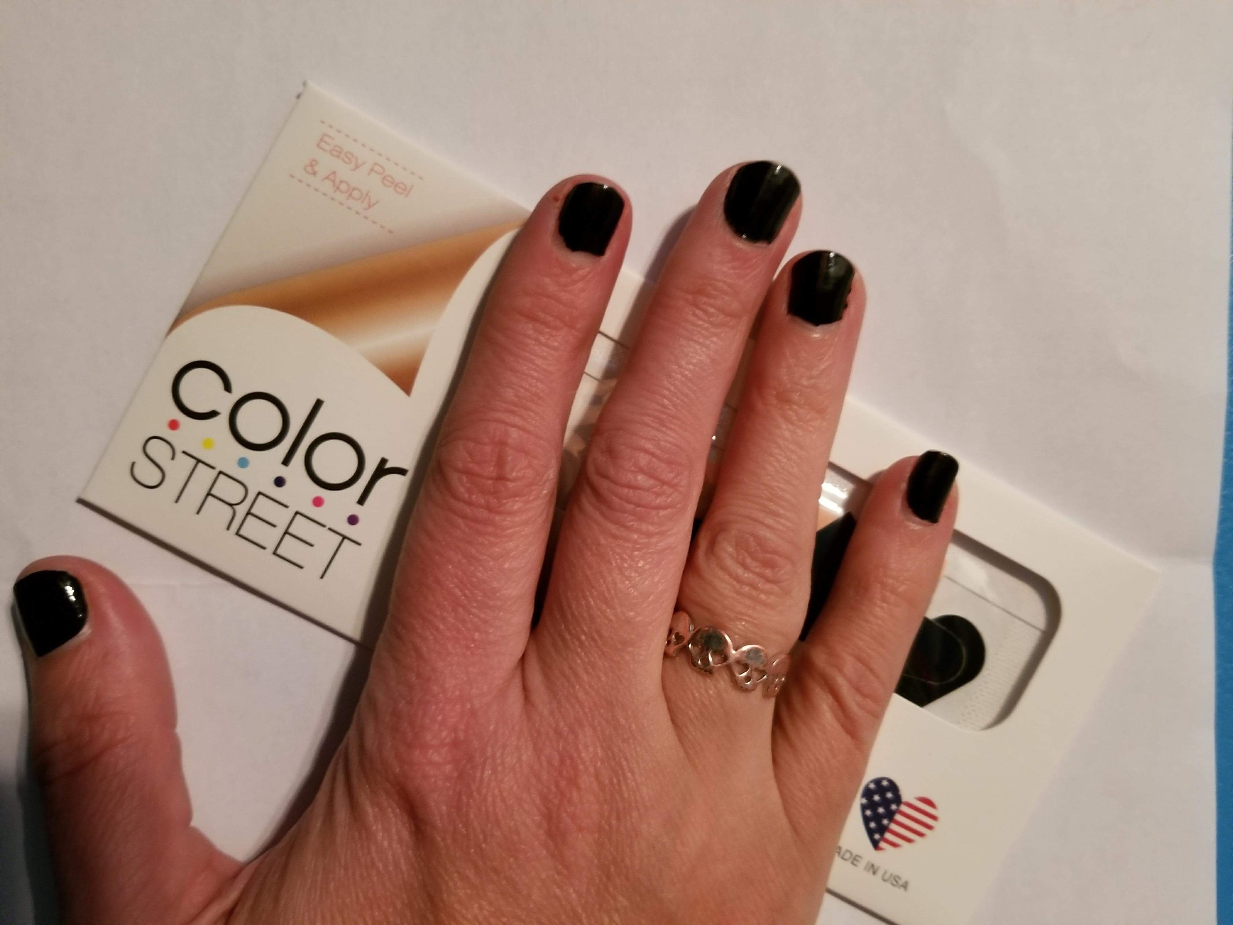 Color Street midnight in Manhattan | Color street nailfies ...