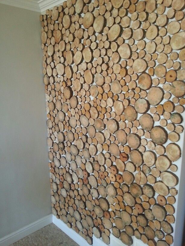 Feature Wall Made Of Wood Slices Wood Wall Decor Crafts Wood Slices