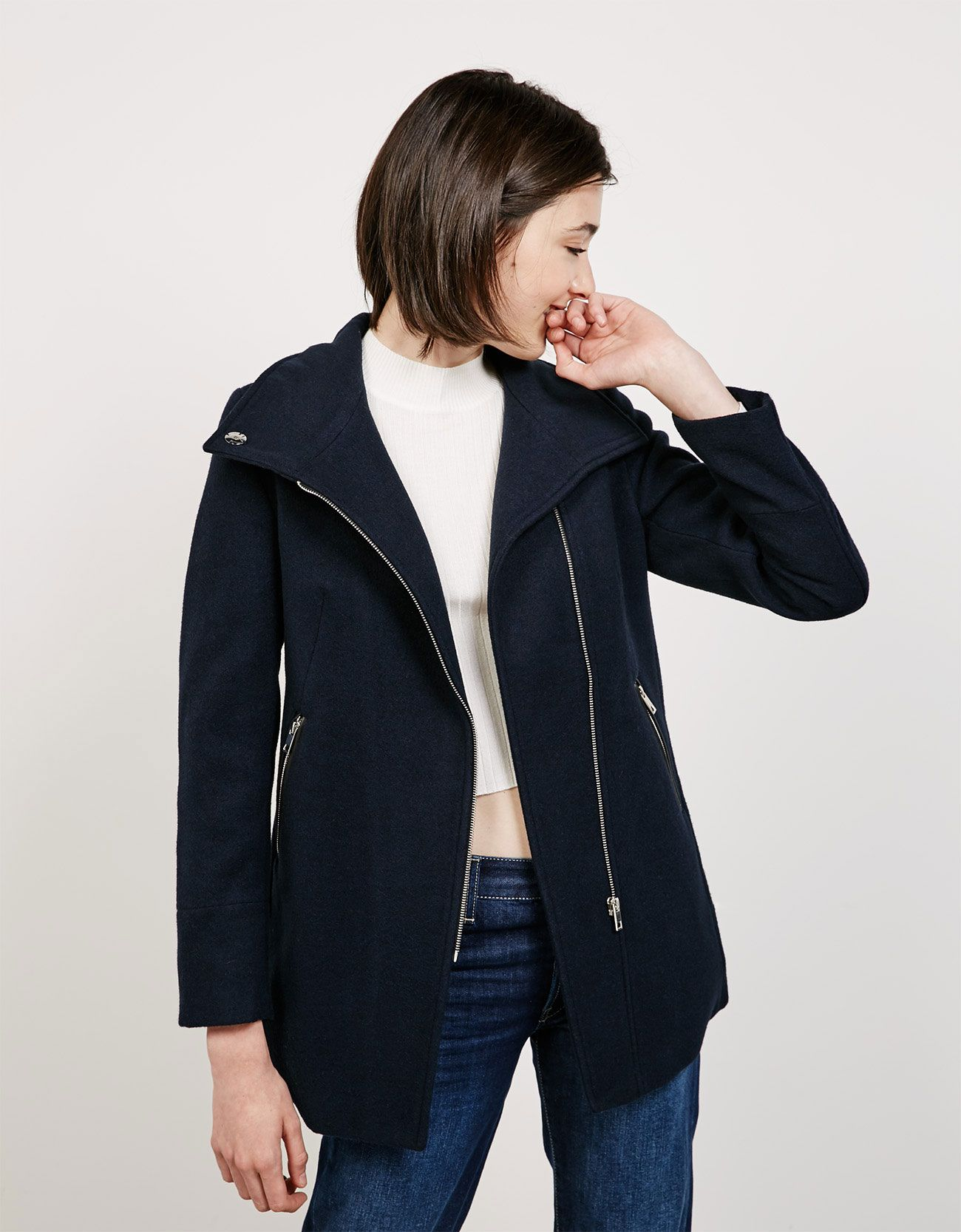 High Neck Coat With Side Zip Discover This And Many More Items In Bershka With New Products Every Week Jackets Side Zip Jacket High Neck Coat [ 1667 x 1300 Pixel ]